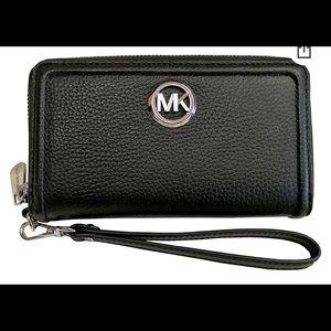 Michael Kors leather phone wallet